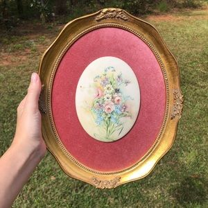 Vintage Floral Wall Decor with Gold Frame✨🌸
